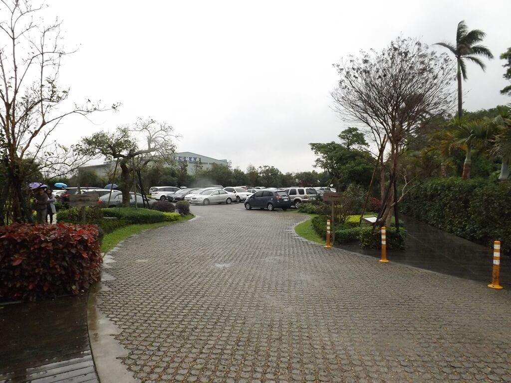卡司‧蒂菈樂園(金格觀光工廠)的圖片:遊客免費停車場
