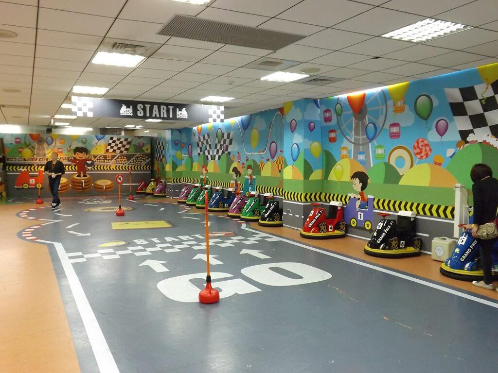 卡司‧蒂菈樂園(金格觀光工廠)的圖片:樓上的兒童小賽車區