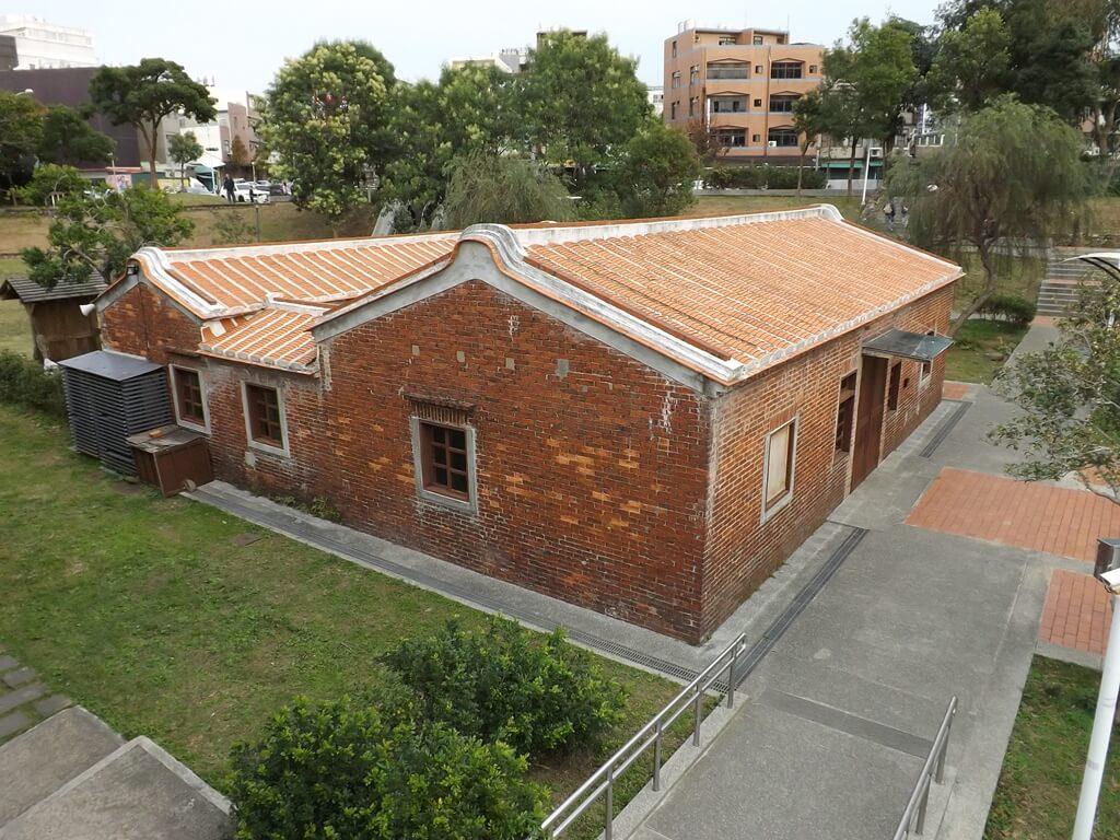 中壢老街溪河川教育中心的圖片:二樓眺望老街溪故事館一景