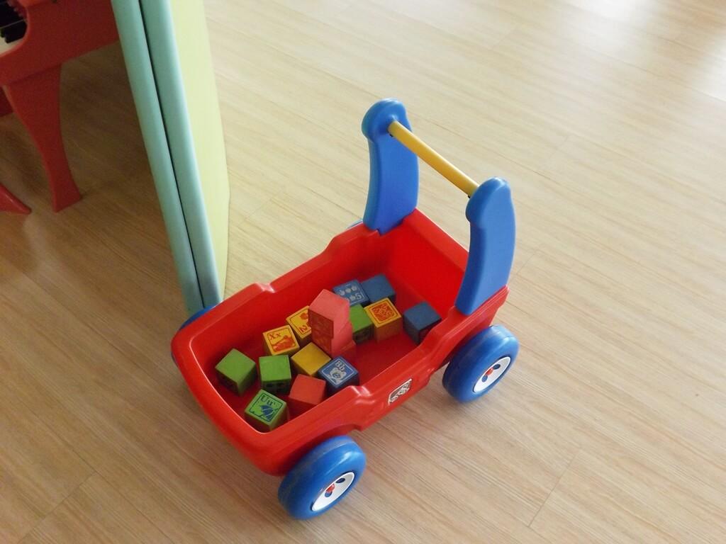 中壢親子館的圖片:玩具手推車