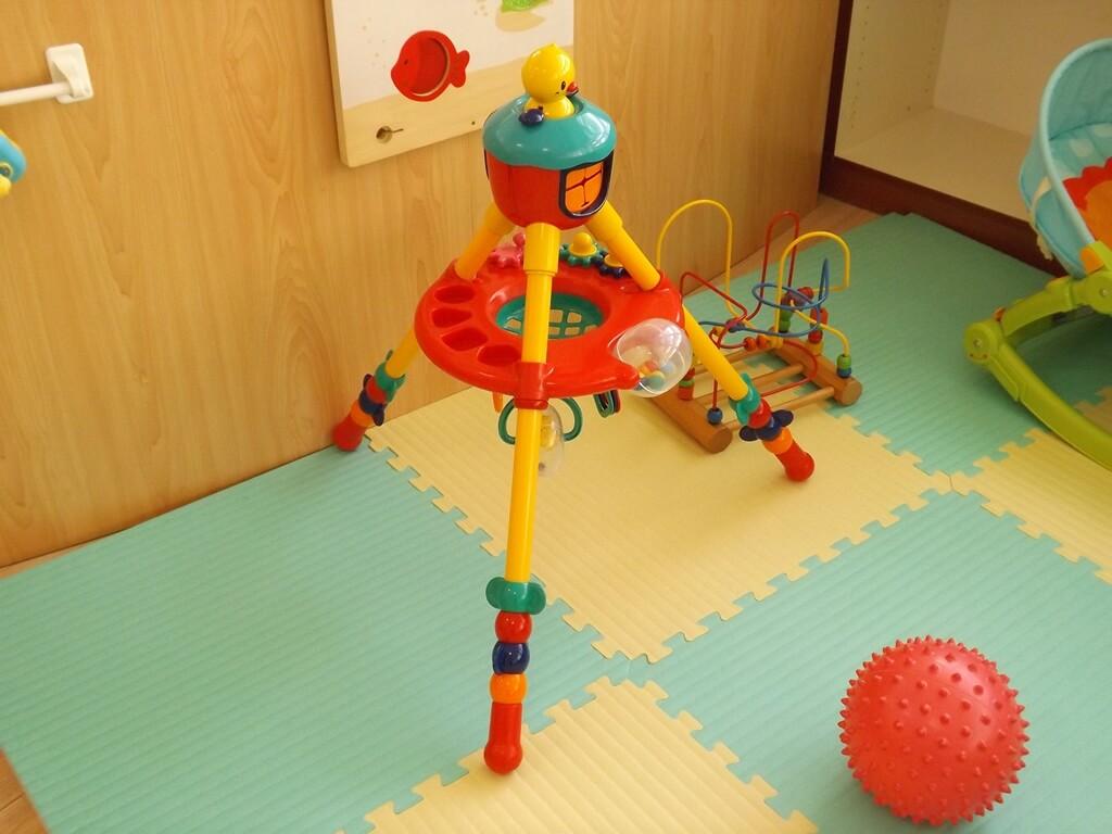 中壢親子館的圖片:益智玩具架