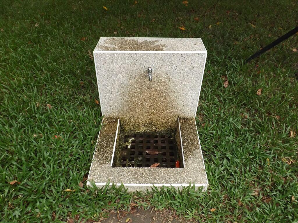 中壢莒光公園的圖片:步道旁的洗手台
