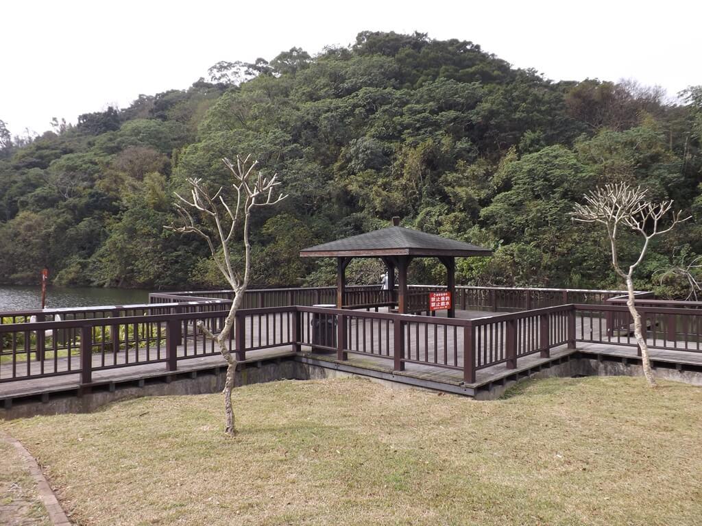 三坑自然生態公園的圖片:涼亭提供賞鳥與欣賞風景的休憩場所
