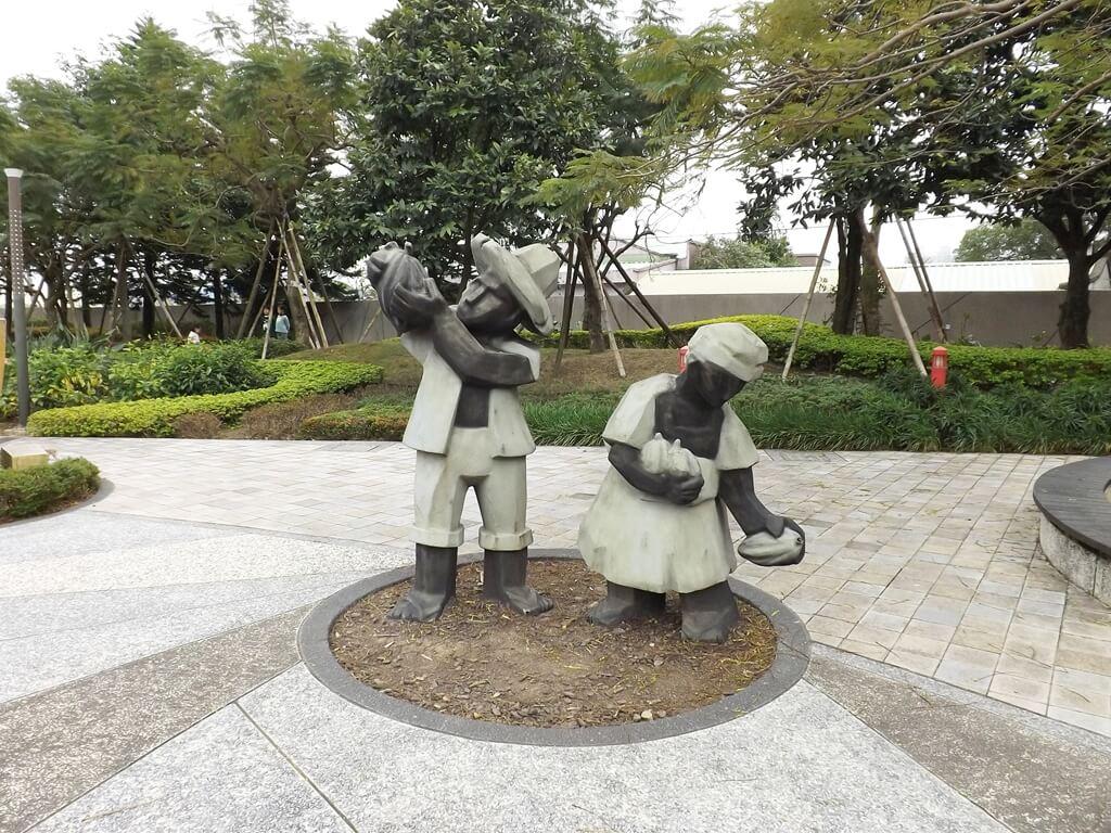 宏亞巧克力共和國的圖片:有趣的雕像