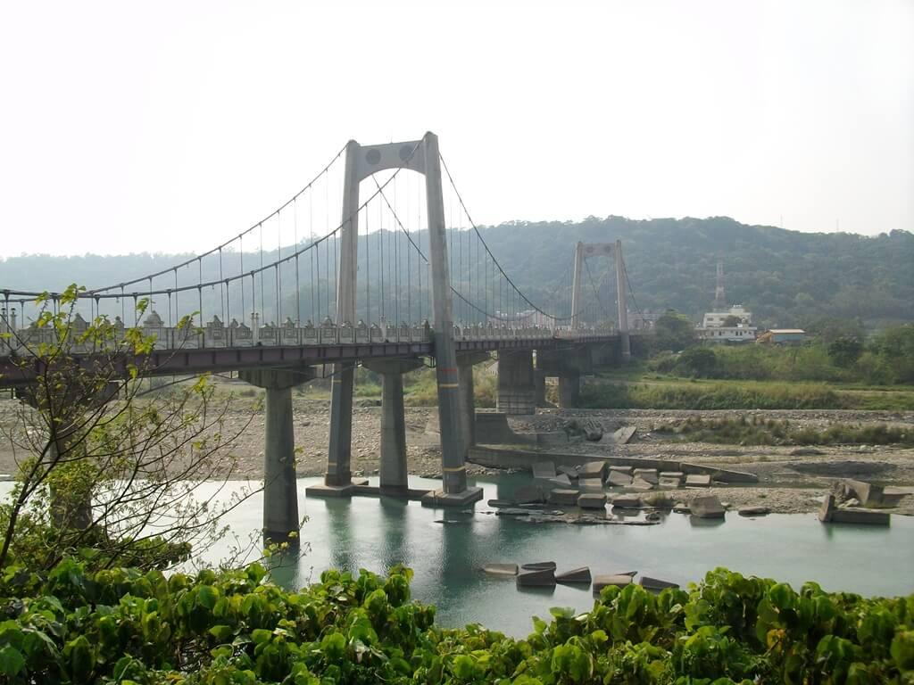 大溪橋的圖片:老街下看大溪橋