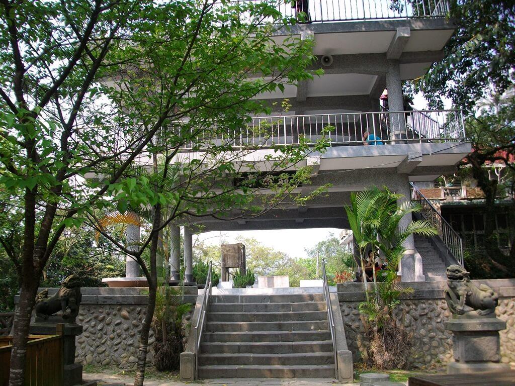 大溪中正公園的圖片:超然亭及漢光樓