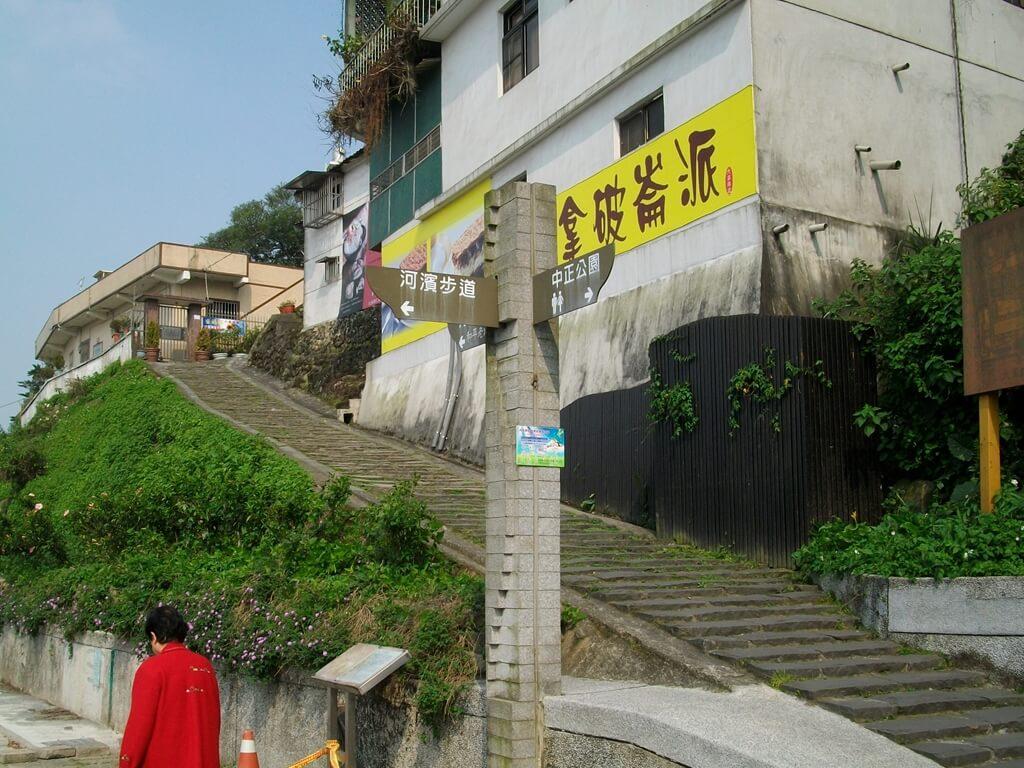 大溪橋的圖片:石板古道的起點