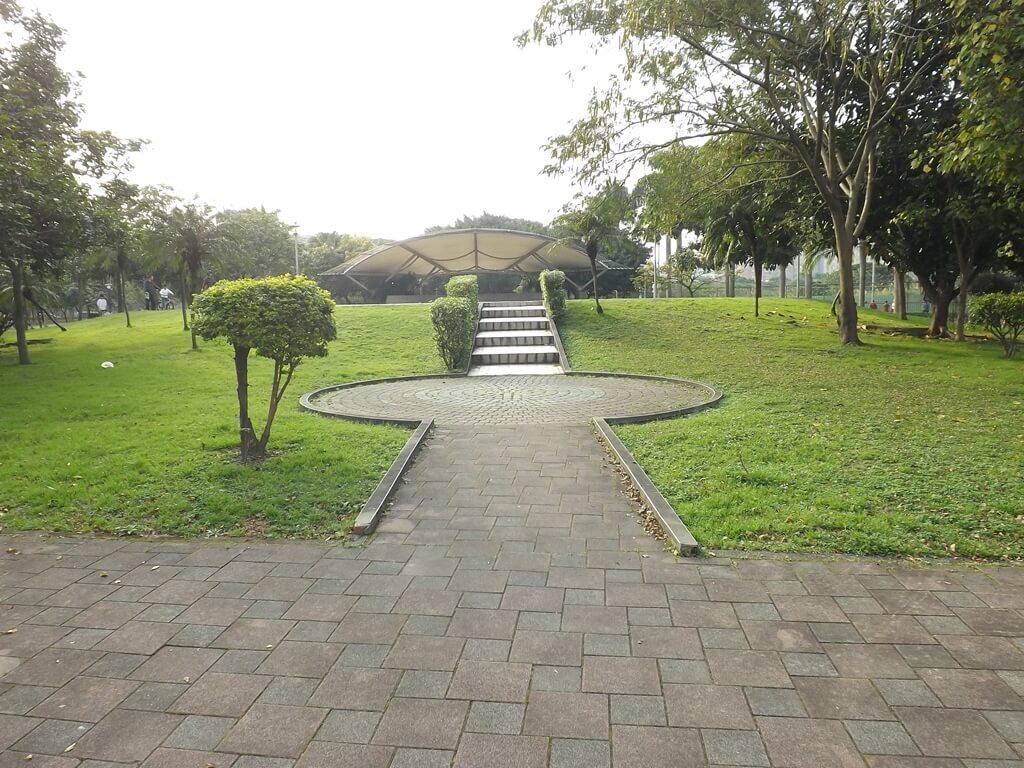 中壢元生公園的圖片:文化路及元生一街轉角處的入口