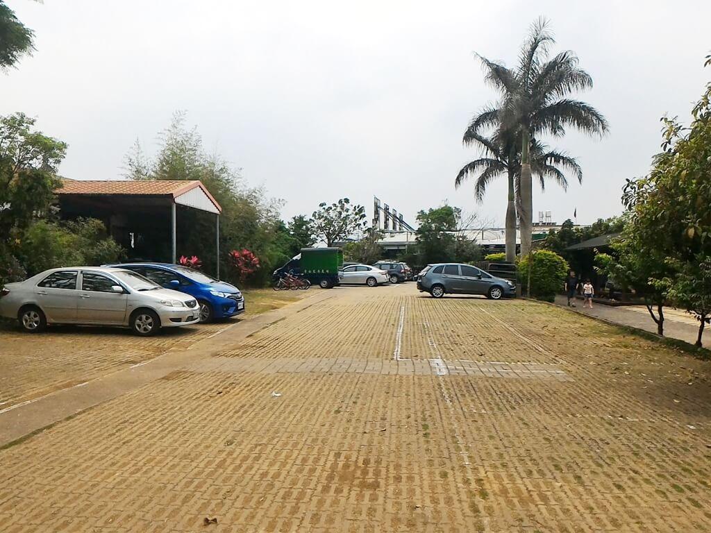 青松農場的圖片:免費停車場