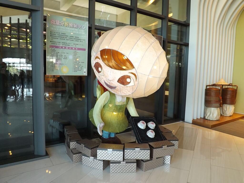 郭元益糕餅博物館桃園楊梅館的圖片:燈籠人偶