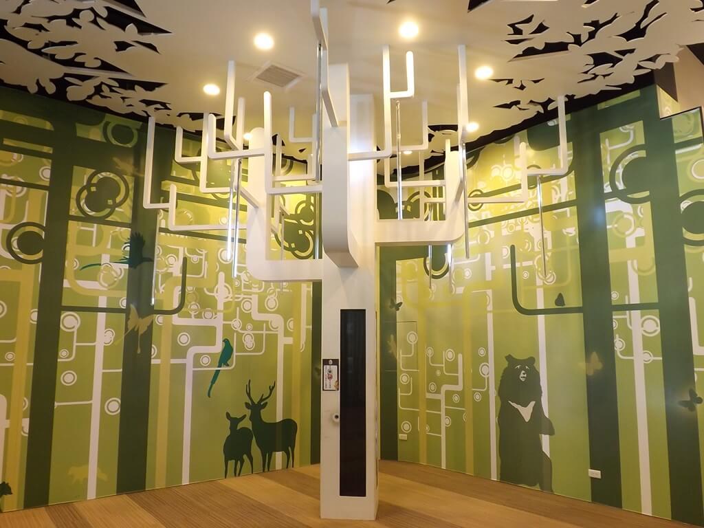 郭元益糕餅博物館桃園楊梅館的圖片:永生樹造景