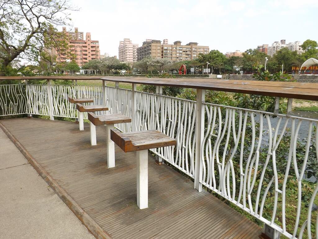 桃園市三民運動公園的圖片:景觀看台