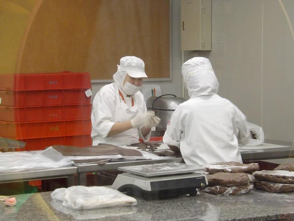 白木屋品牌探索館(停止營業)的圖片:正在製作蛋糕的工作人員
