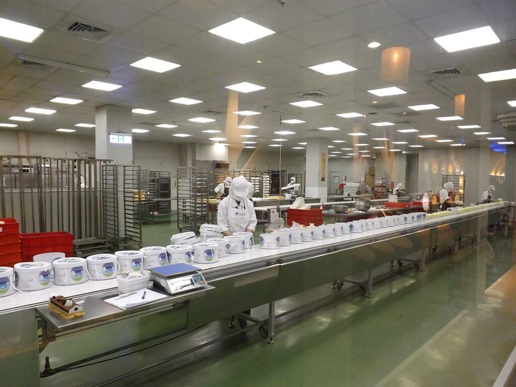 白木屋品牌探索館(停止營業)的圖片:蛋糕生產線