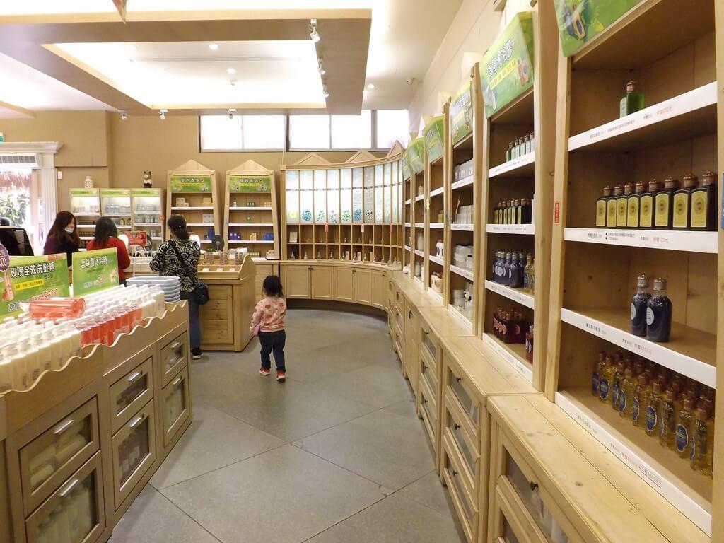 雅聞魅力博覽館的圖片:種類繁多的商品販售區