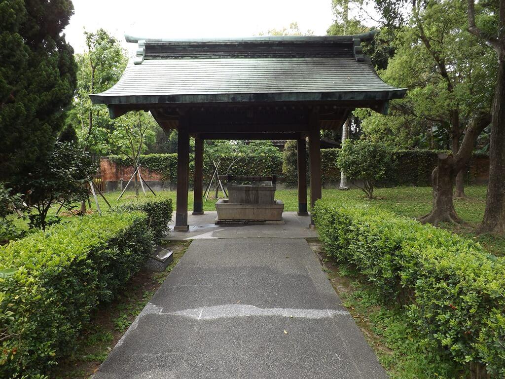 桃園市忠烈祠暨神社文化園區的圖片:進入神社左邊的水手舍