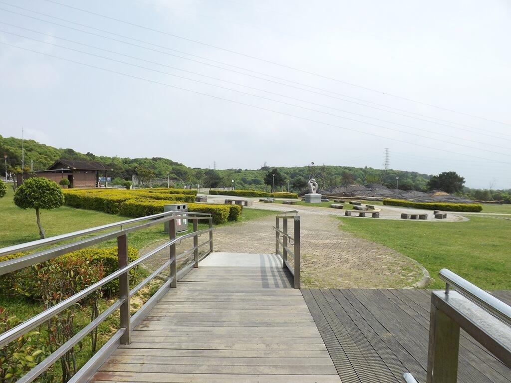 虎頭山環保公園的圖片:木棧步道