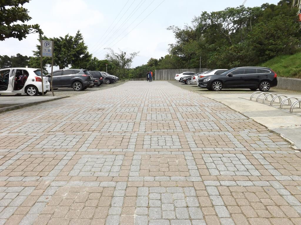 虎頭山環保公園的圖片:免費停車場
