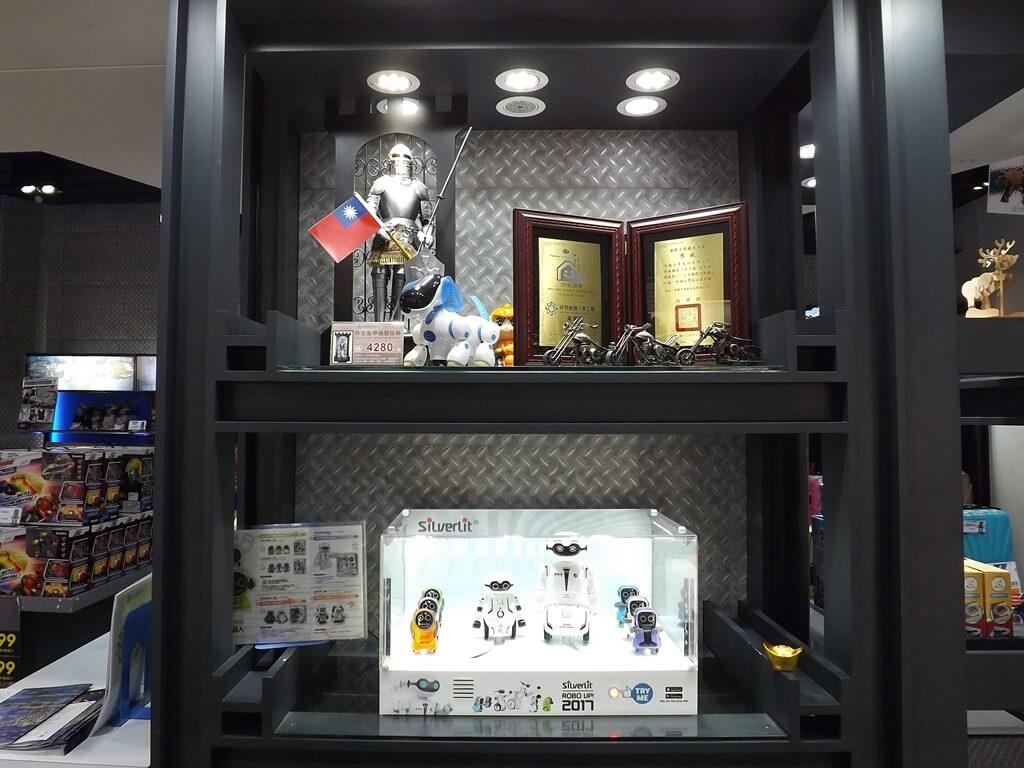 祥儀機器人夢工廠的圖片:機器人及迷你機器狗