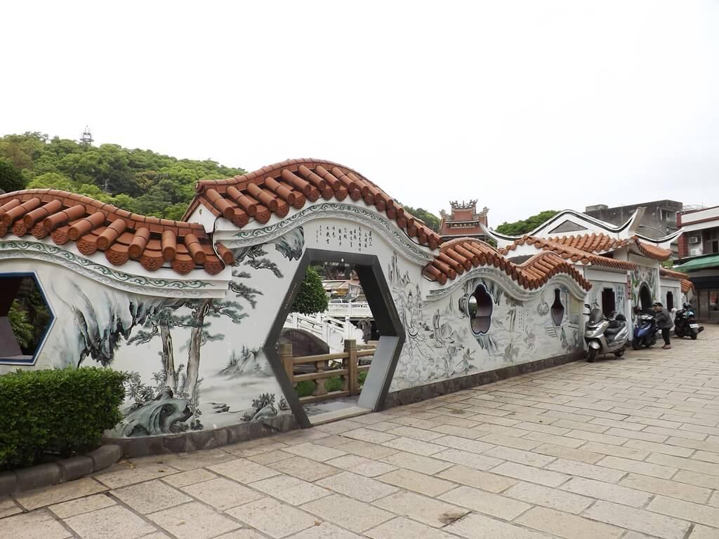 壽山巖觀音寺的圖片:水池區的外牆