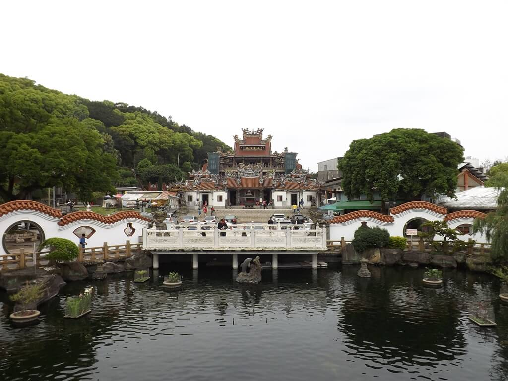 壽山巖觀音寺的圖片:拱橋上遙望凌霄寶殿