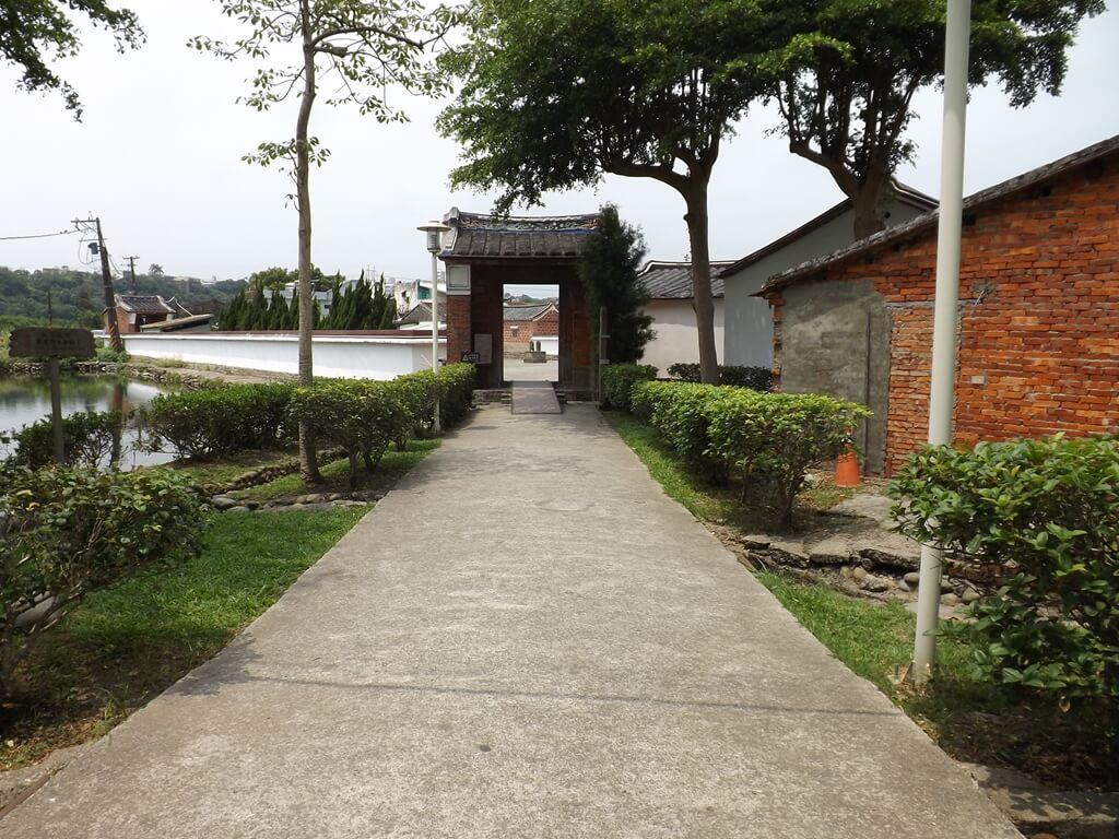 李騰芳古宅的圖片:進入古宅的走道