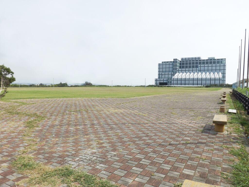 新竹海天一線看海區的圖片:空蕩蕩的看海公園