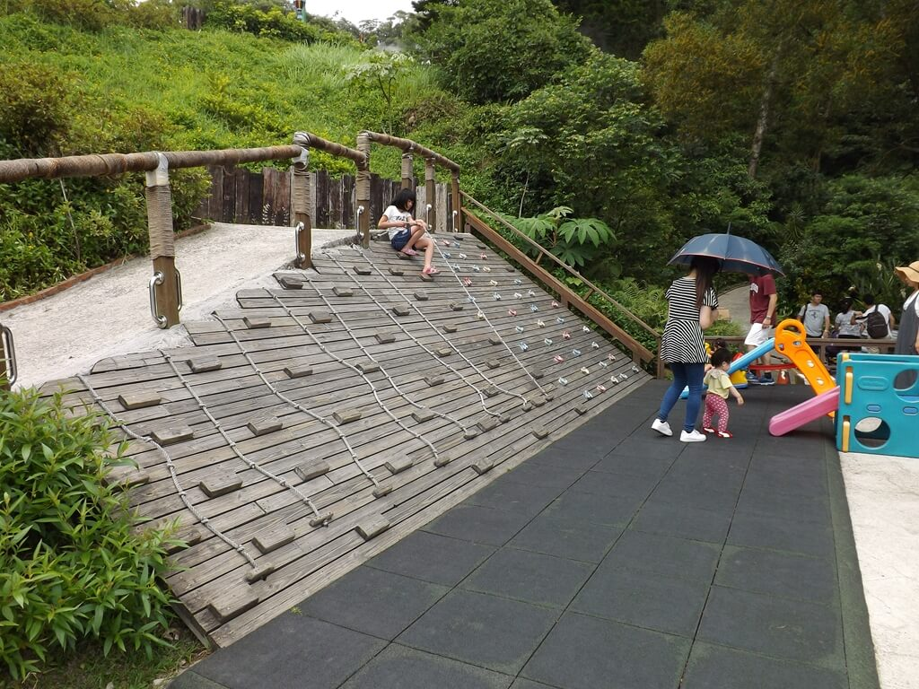 森林鳥花園的圖片:第二層的小型兒童攀爬區