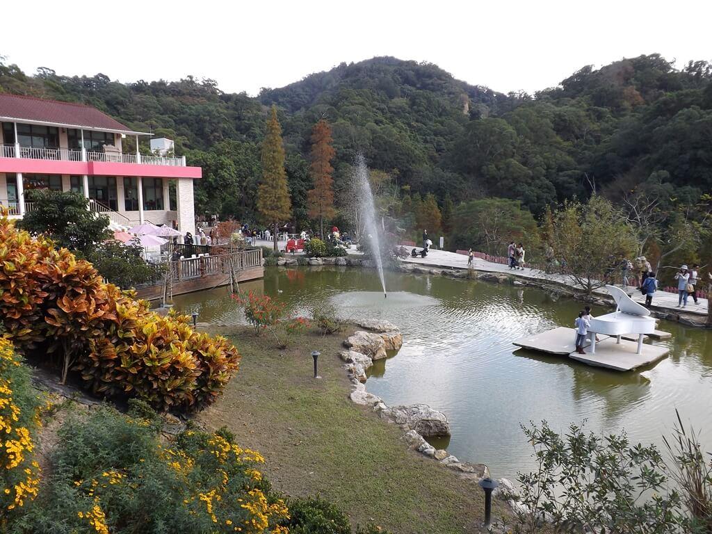 心鮮森林的圖片:珍愛館與水池構成的美圖