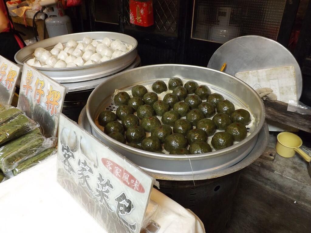內灣老街的圖片:整鍋的草仔粿