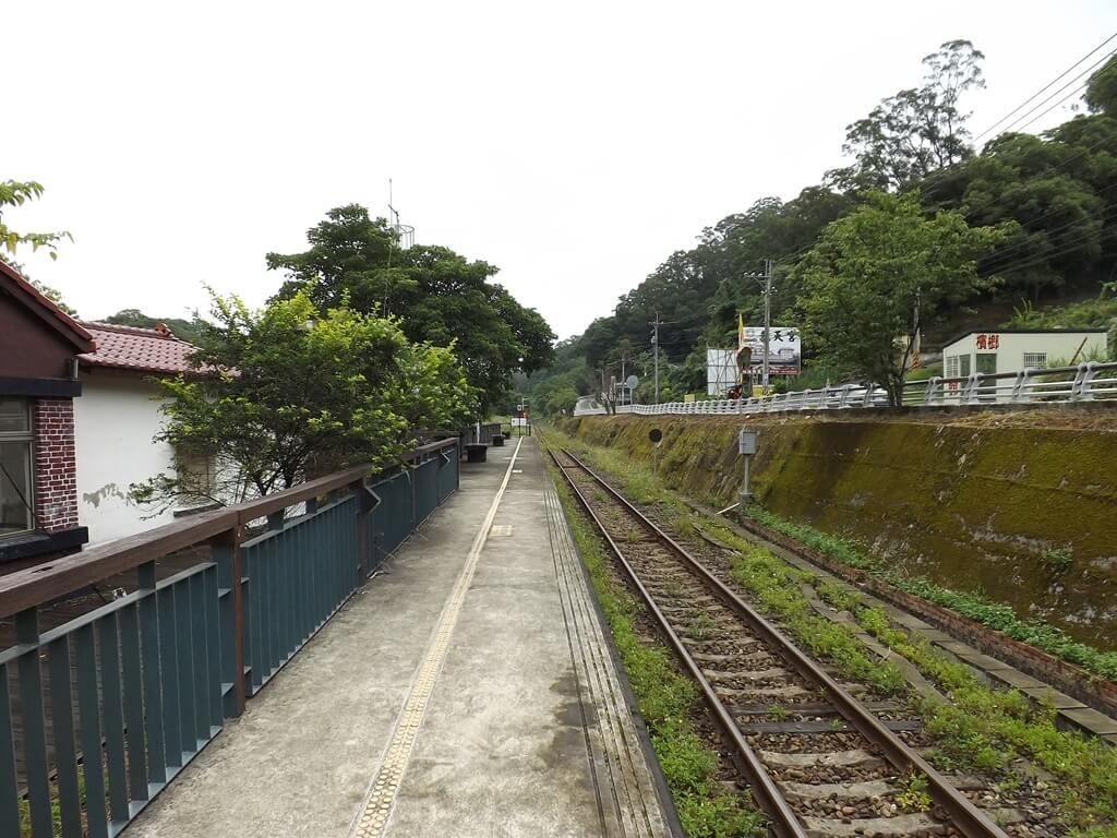 合興車站的圖片:愛情到了月台通往內灣車站的方向