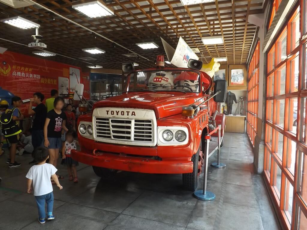 新竹市消防博物館的圖片:金德號消防車展示
