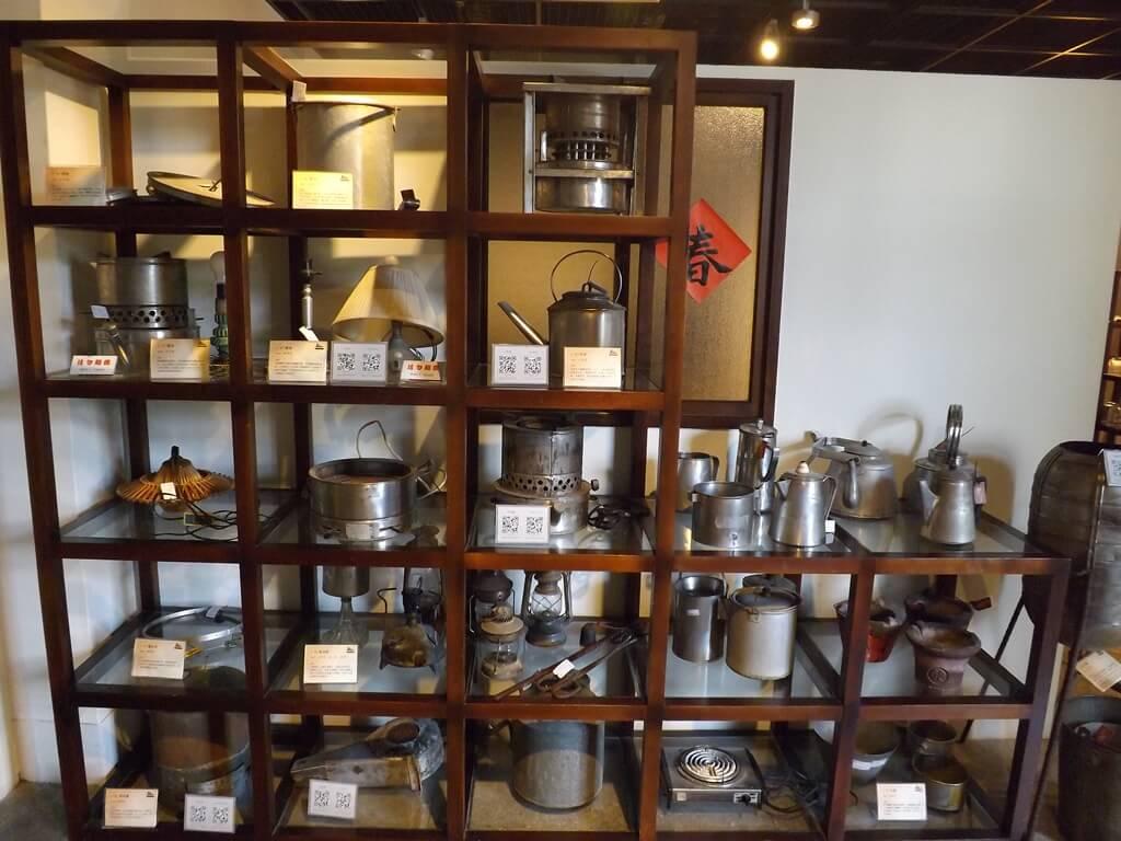 新竹市眷村博物館的圖片:舊時代廚房常見的金屬器具