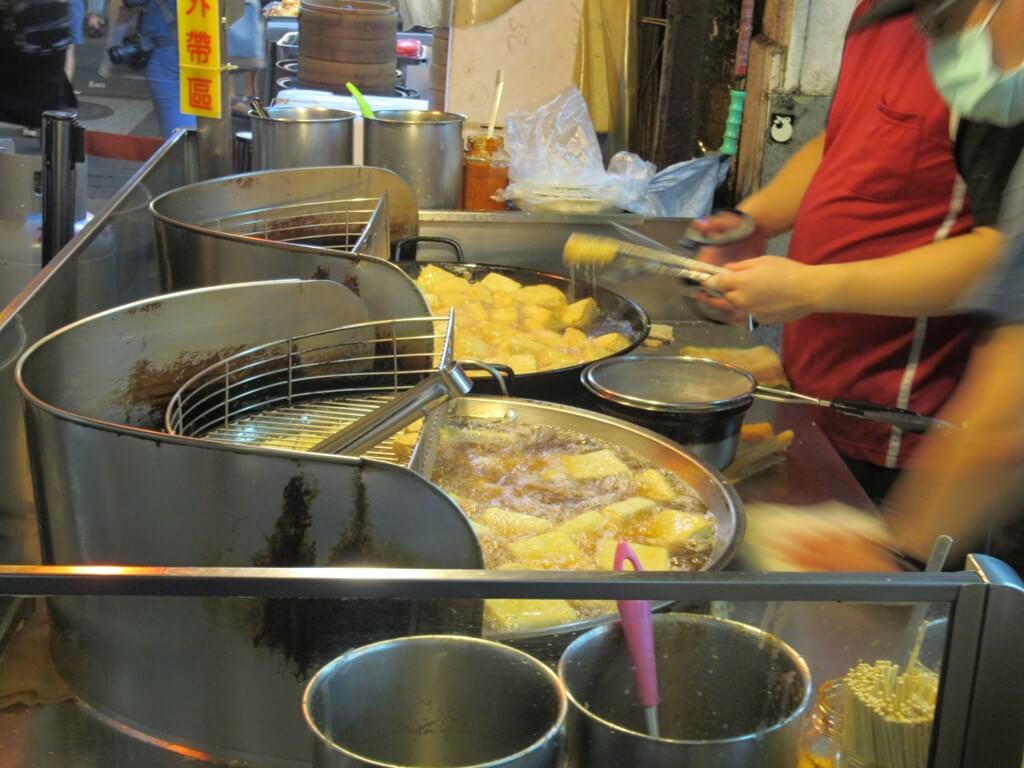 士林夜市的圖片:士林家湘涼麵的香炸臭豆腐