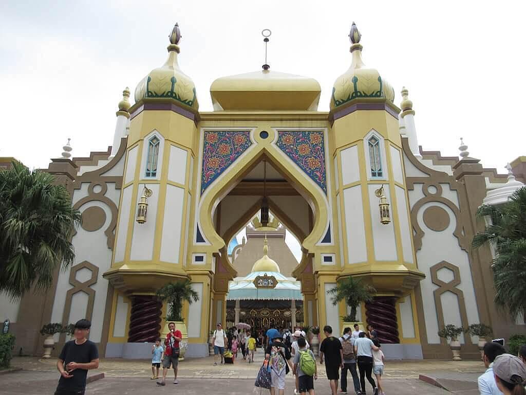 六福村主題遊樂園的圖片:阿拉伯皇宮入口(中央廣場前)