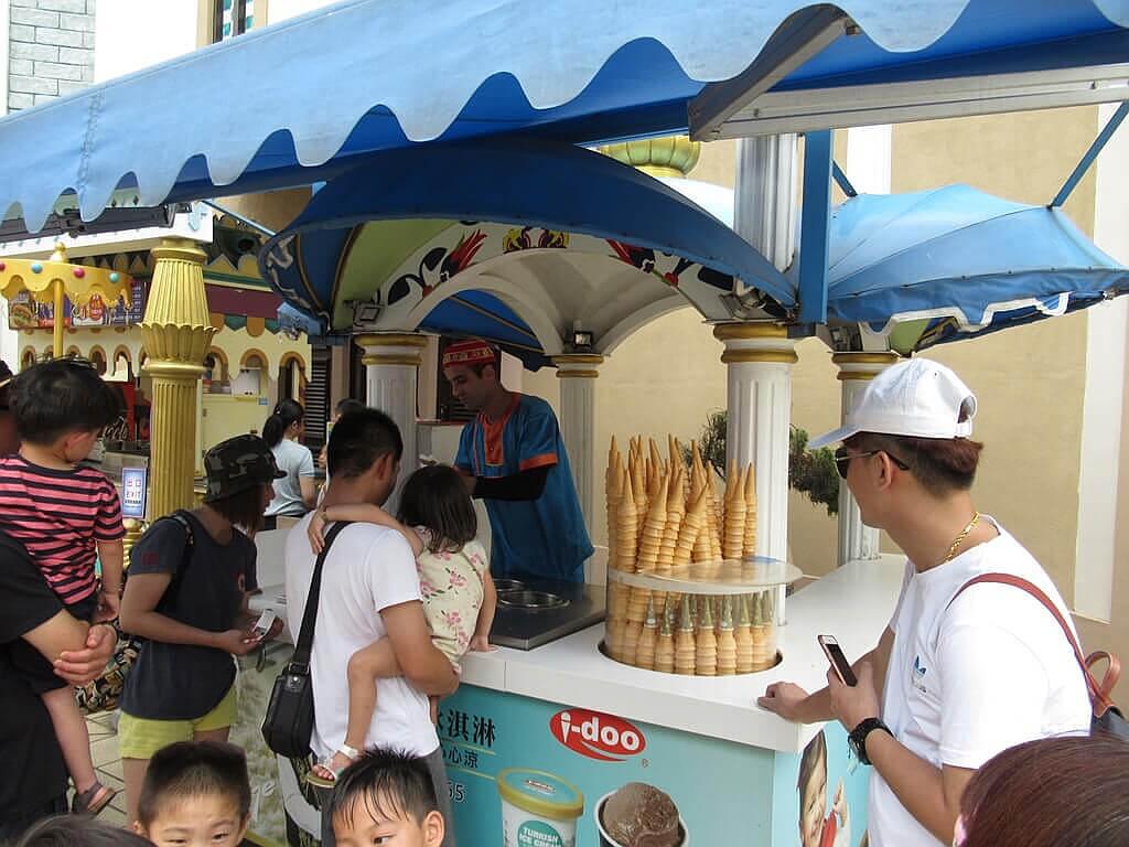 六福村主題遊樂園的圖片:有趣的土耳其冰淇淋
