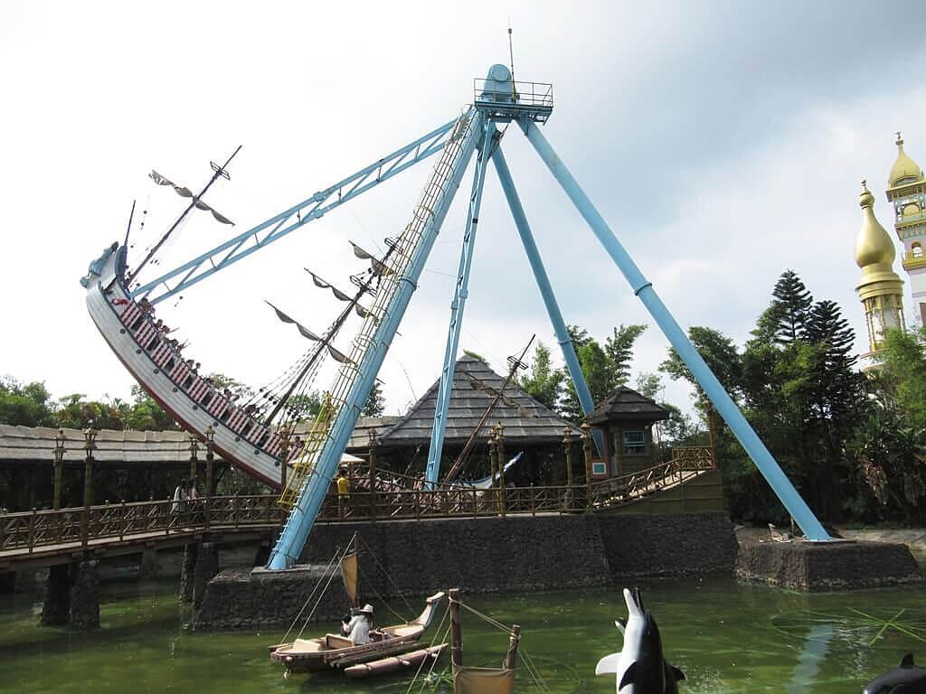 六福村主題遊樂園的圖片:大海盜(海盜船)