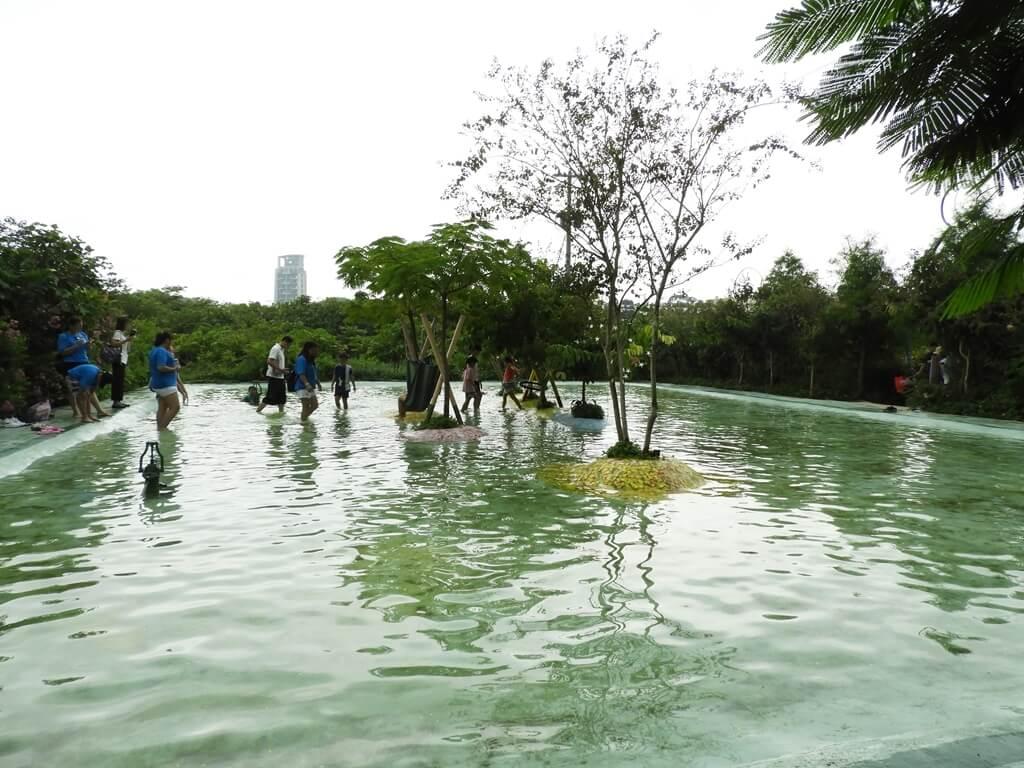 台灣地景花園 Taiwan Land Art Garden的圖片:歡樂戲水池