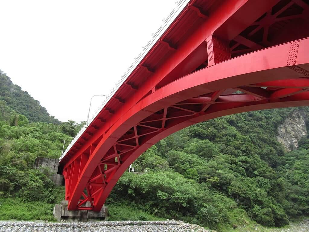 砂卡礑步道(太魯閣國家公園景觀步道)的圖片:砂卡礑溪畔拍攝砂卡礑大橋