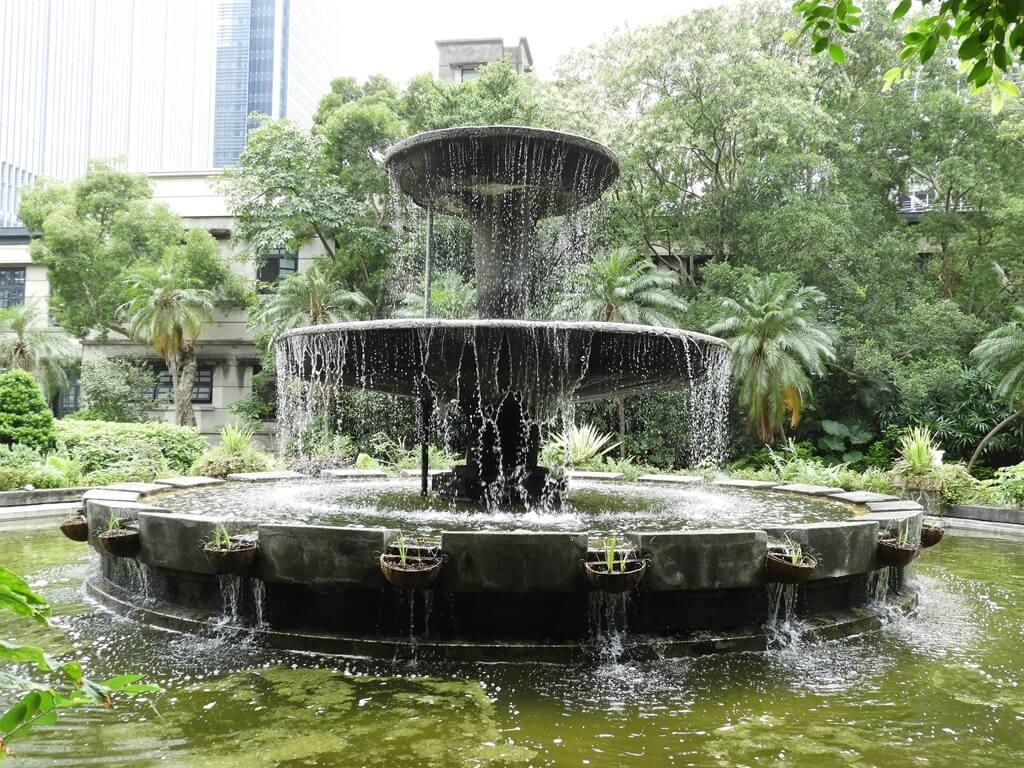 松山文創園區的圖片:巴洛克風格水池造景