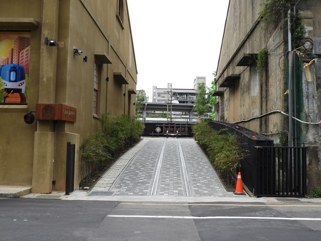 桃園軌道願景館的圖片:進入軌道願景館的走道