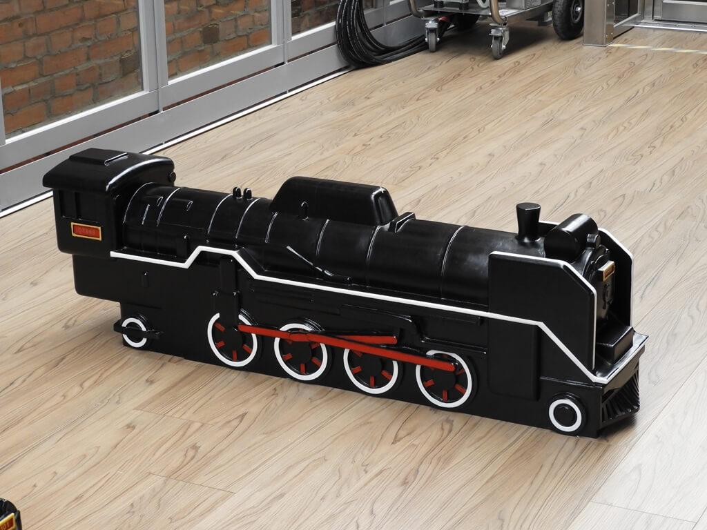 桃園軌道願景館的圖片:木製台鐵DT650型蒸汽機車