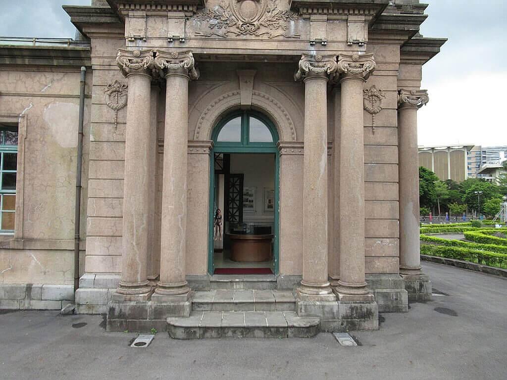 臺北自來水園區(自來水博物館)的圖片:自來水博物館側門