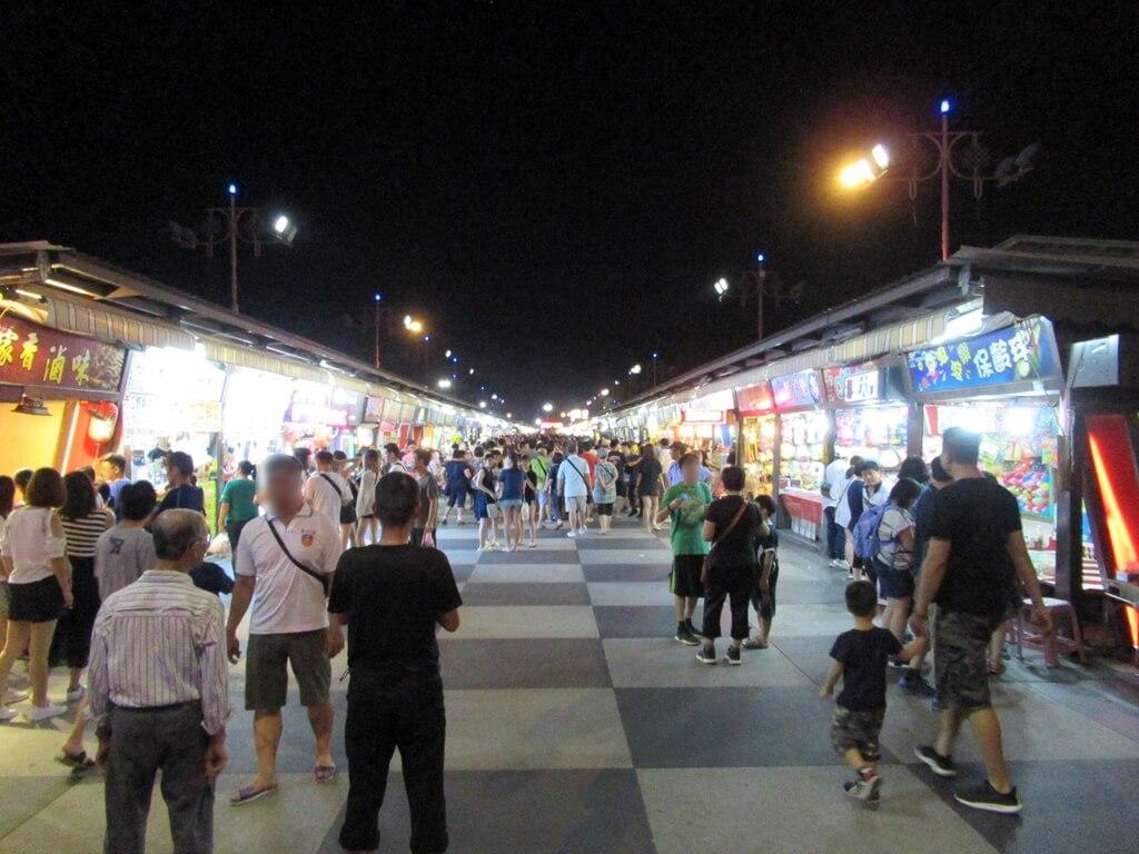 花蓮東大門夜市的圖片:超多的逛夜市人潮