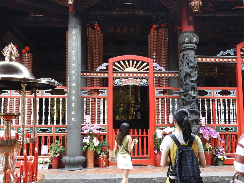 艋舺龍山寺的圖片:註生娘娘