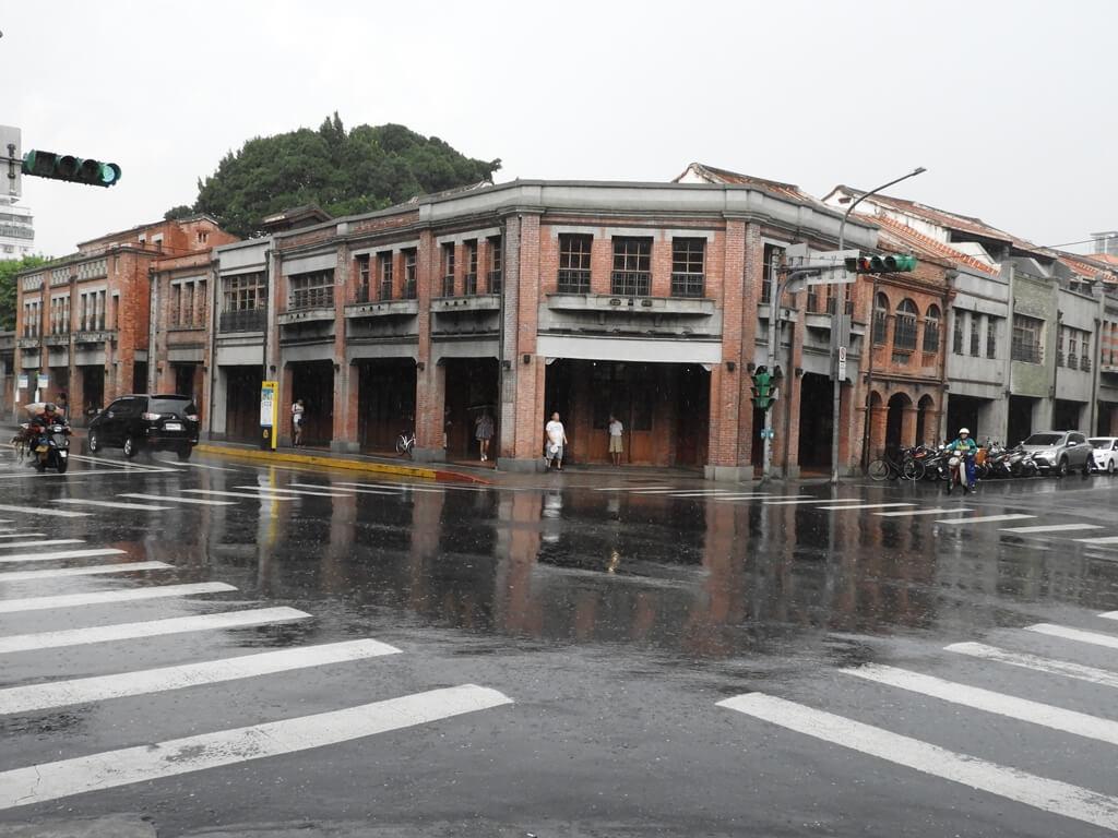 剝皮寮歷史街區的圖片:康定路與廣州路的交界
