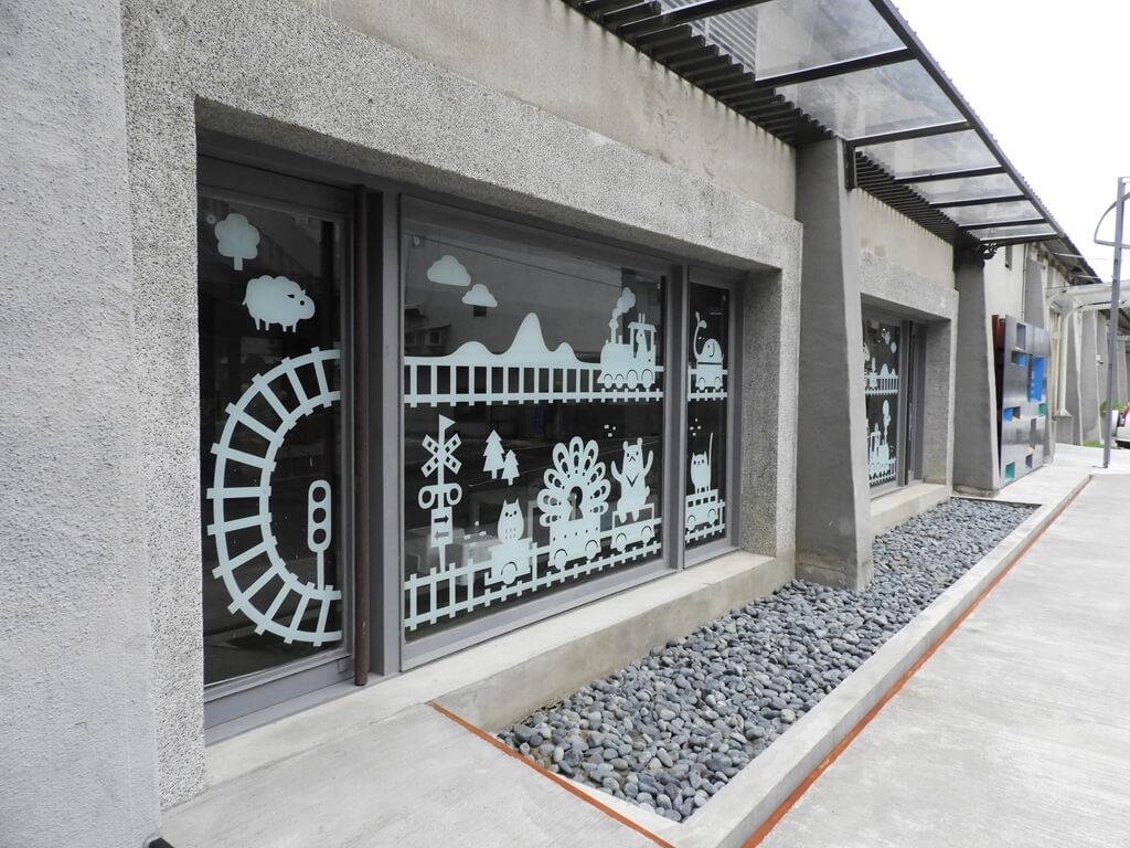 新竹市鐵道藝術村的圖片:建築外的美貼