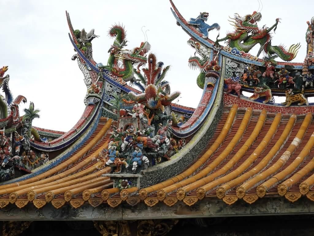北埔老街的圖片:北埔慈天宮屋頂上的藝術剪黏