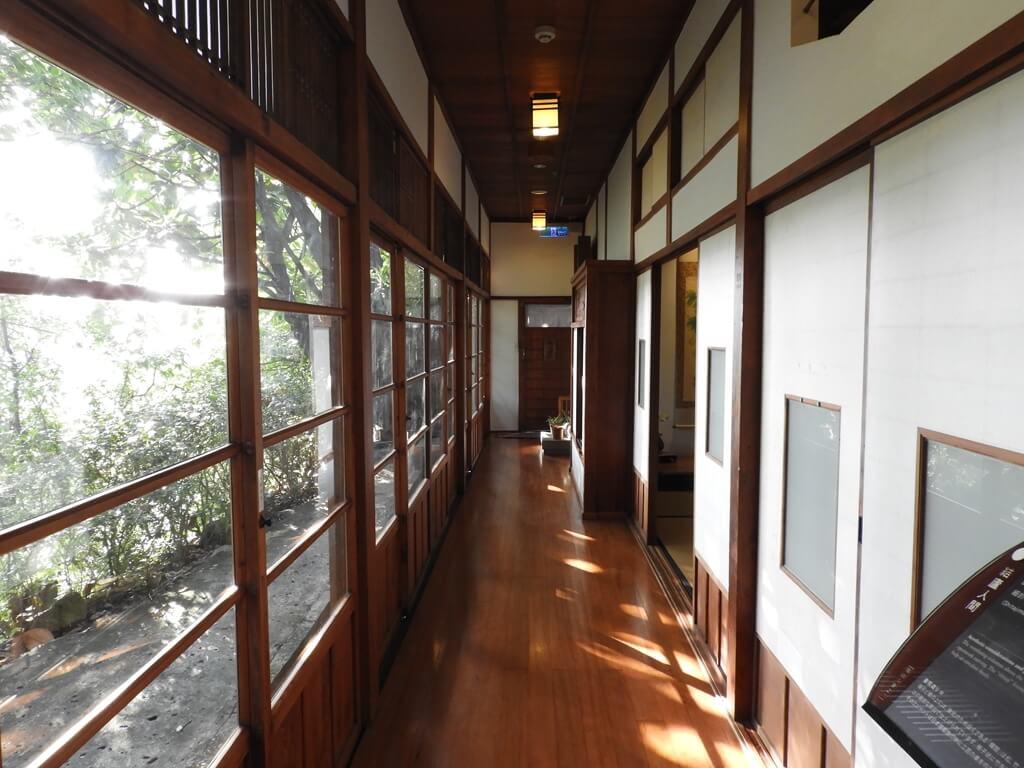 北投文物館的圖片:室內靠外側的走廊