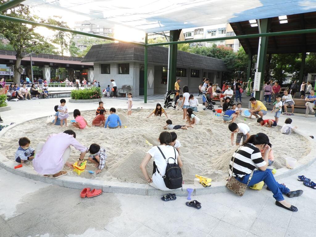 北投復興公園的圖片:兒童玩沙坑